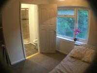 NEW DECORATED ROOM WITH OWN BATHROOM EN-SUITE