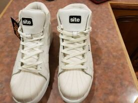 Brand New Site safety trainers Size 11 White with steel toe caps
