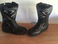 RK Sports race style motorcyle boots size 43 (UK 9), great condition.