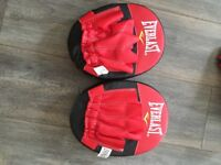 Everlast Hook and Jab Boxing Pads for sale