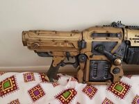 Gears of war Gold Retro lancer replica