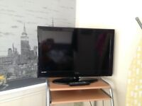 32 inch technika tv and remote