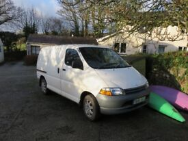 Toyota Hiace, power van. 2.4, long M.O.T