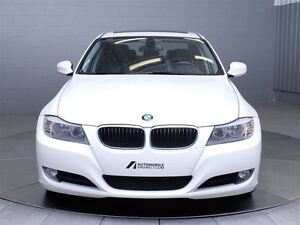 2011 BMW 323 i MAGS TOIT CUIR West Island Greater Montréal image 2