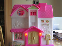 My sweet home doll house £12
