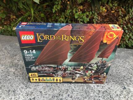 LEGO 79008 Lord Of The Rings Pirate Ship Attack