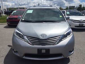 2015 Toyota Sienna XLE 7 Passenger AWD+Leather+Sunroof