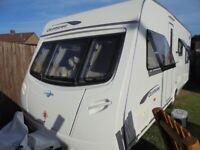Great Condition 2011 4/6 Berth Lightweight 566 Lunar Quasar Caravan Porch + Full Awning Motor Mover