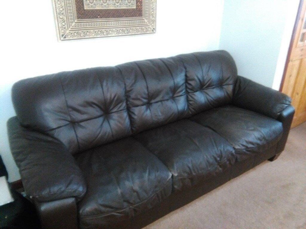 Only A Fiver 3 Seater And 2 Seater Leather Sofa Bargain In