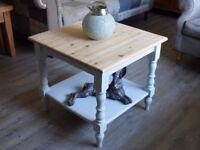 shabby chic coffee table/lamp table