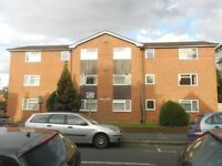 One bedroom pb flat with allocated parking, £800pcm+bills, available Sep 2018
