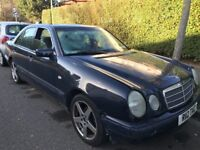 Mercedes E200 Classic 1998cc Petrol Automatic 4 door saloon R Reg 01/10/1997 Blue