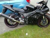 Yamaha YZF R6 - low mileage
