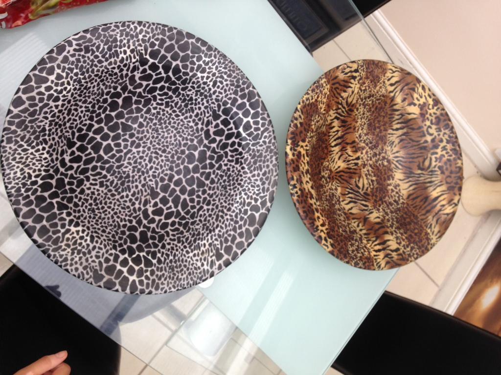 2 Large Animal Print Display Bowls