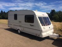 2001 BAILEY PAGEANT 2 BERTH TOURING CARAVAN IN EXCELLENT CONDITION INSIDE AND OUT