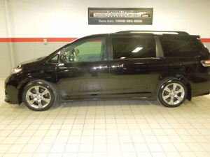 2014 Toyota Sienna SE 8 PLACES FULL TOIT CUIR MAGS