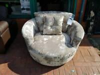 Swivel chair BRAND NEW