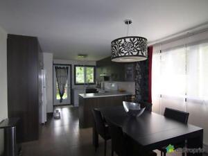 630 000$ - Triplex à vendre à Longueuil (Vieux-Longueuil)