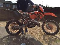Ktm 125 sx 06 model ROAD LEGAL ! Full mot day/night (not CR YZ RM KX yzfr wr )