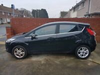 Ford Fiesta Zetec ( black) 1241 l. Extremely low mileage