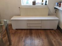 Ikea white Tv/cabinet in good condition. Offers around £70.00. Buyer must collect.