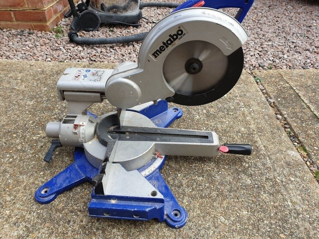 Welp Metabo KGS 255 mitre saw 240v | in Crawley, West Sussex | Gumtree PX-73