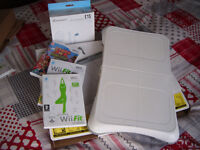 Wii fit board, wii fit and wii fit plus, Samda de amigo, and accessory pack