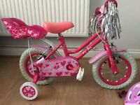 Girls Sweetie bike with matching safety hat 3-5 yrs