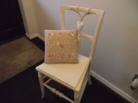 Small Old Shabby Chique chair.