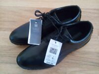 BRAND NEW WITH TAGS MARKS AND SPENCER MENS BLACK LEATHER SHOES RRP £40 GENUINE BARGAIN