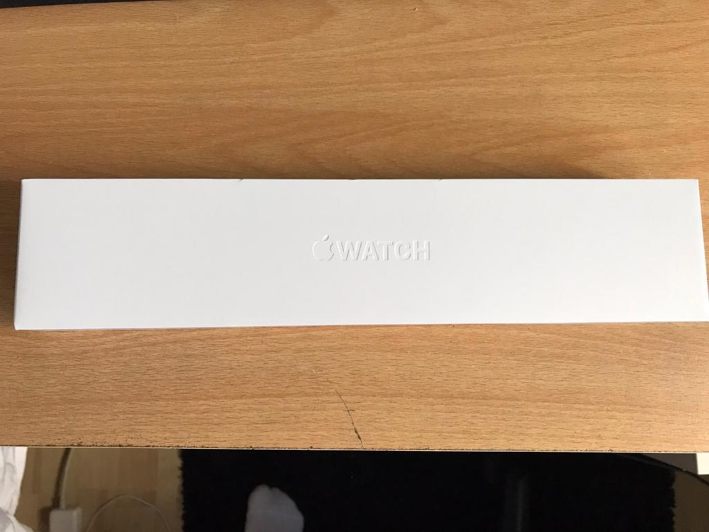 Apple Watch series 1 42 mm space greyin Waltham Cross, HertfordshireGumtree - Apple Watch series 1. 42mm case in space grey aluminium with black wrist strap. Brand new, never worn.In box Apple Watch, Apple Watch charger and small to medium and medium to large wrist strap No receipt as bought from friend who returned his...