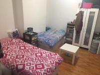 double /twin room in wood green!! living room/ patio with bbq/ all bils inc