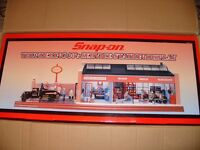 CROWN PREMIUMS FOR SNAP ON ROARING 30'S GARAGE DIORAMA. (VERY RARE) BNIB £350 OVNO