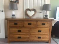 STUNNING SOLID RUSTIC OAK DOUBLE CHEST OF DRAWERS OR SIDEBOARD