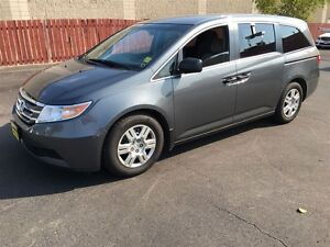 2011 Honda Odyssey LX, Automatic, Third Row Seating