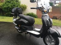 VERY LOW MILES DIRECT BIKES DB125 TOMMY SCOOTER LEARNER LEGAL SAME AS VESPA PIAGGIO APRILIA SWAP PX