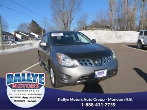 2013 Nissan Rogue SV! EXT Warranty! Alloy! Sunroof! Heated! Save