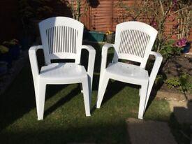 Garden chairs (8 units)