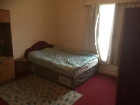 Two bedroom house to rent in Bolton near Town center close to all local amenities