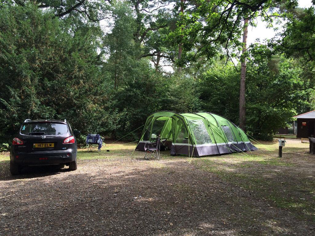 hi gear voyager elite 6 tent bundle porch carpet and. Black Bedroom Furniture Sets. Home Design Ideas
