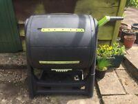 Rotating/Tumbling Compost Bin
