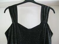 3 Ladies Evening Dresses. Sizes 16-18