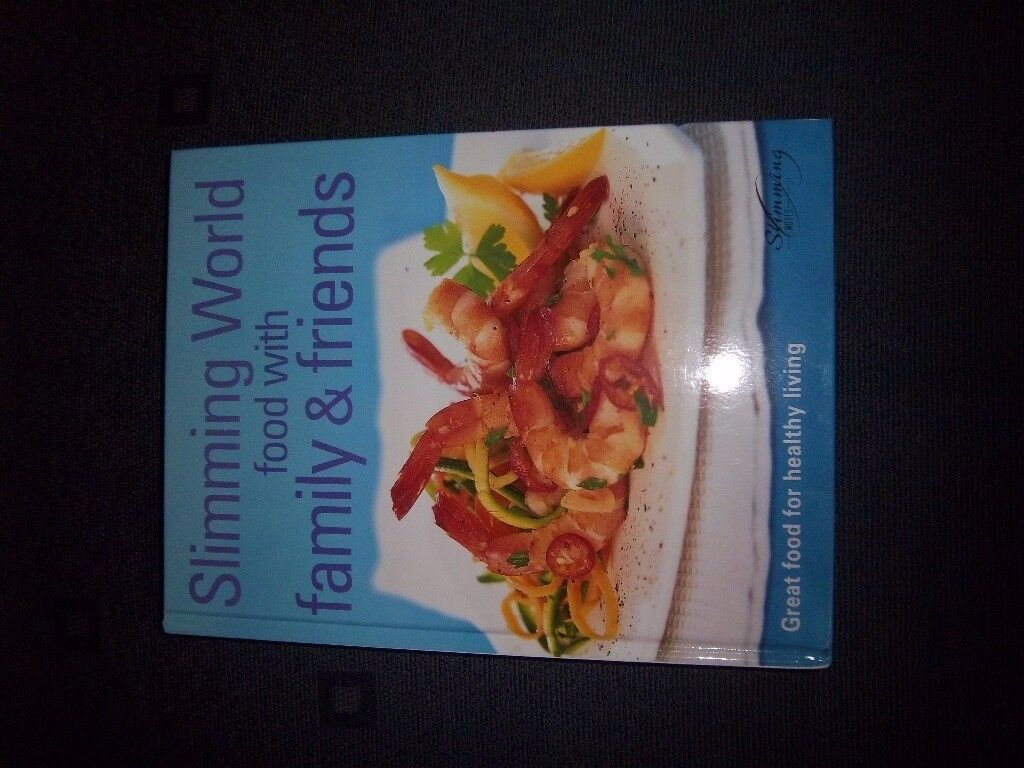 Slimming World Food with Family & Friends Hardback Recipe Book IP1