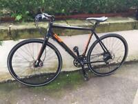 Eastway FB 2.0 Hybrid Bike CARBON Forks Hydraulic Disc Brakes EXCELLENT CONDITION