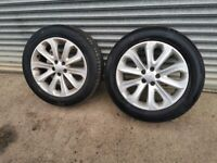 Range Rover alloy wheels and tyres
