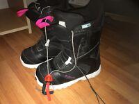 Burton ladies snowboard boots