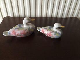 China Ornament: 2 Porcelain Ducks NEW