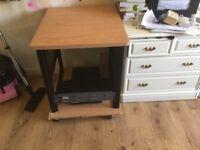 Rack on weels with top desk
