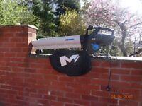Macalister, Leaf Blower/Garden Vacuum