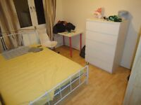 *** NICE SPACIOUS DOUBLE ROOM TO RENT (ALL BILLS INCLUDED) ****